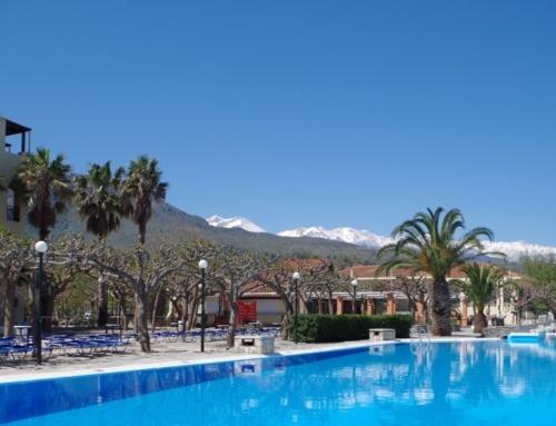 Pool Mountains 1